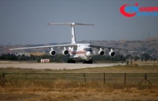 S-400 sevkiyatı kapsamında 12. uçak Mürted'e...