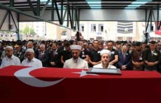 Şehit Jandarma Teğmen Alim Keskin'i asker kardeşleri...