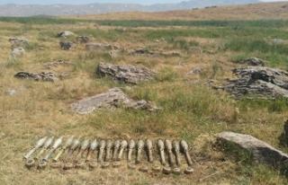 Siirt'te PKK'ya ait patlayıcı ve mühimmat...