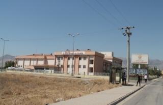 Silopi'de yol kontrol noktasına saldırı: 2 asker...