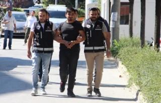 Sosyal medyadan silah kaçakçılığı yapan şahıslar...