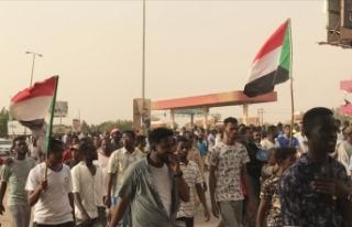 Sudan'da 'dönüşümlü başkanlıkta'...