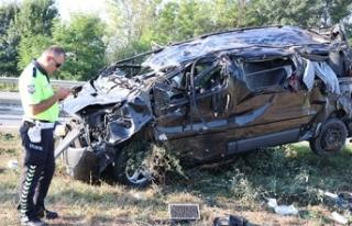 TEM'de can pazarı: 1 ölü, 10 yaralı