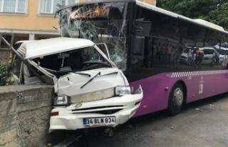 Üsküdar'da kontrolden çıkan halk otobüsü...