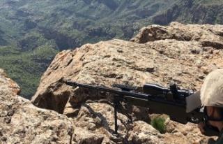 Askerleri yaralayan terörist Jandarma ve MİT'in...