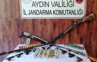 Aydın'da jandarmadan kaçak silah tacirlerine...