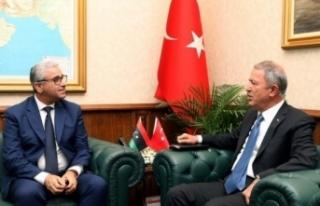 Bakan Akar, Libya İçişleri Bakanı Bashaagha ile...