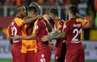 Galatasaray kupayla kapattı, kupayla başlıyor