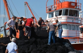 Karadenizli balıkçılar 'Vira Bismillah'...