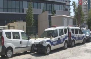 Kartal'da bir binada kadın cesedi bulundu
