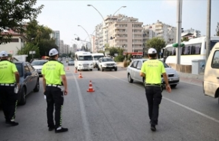 Kurban Bayramı'nda 116 bin 236 trafik personeli...