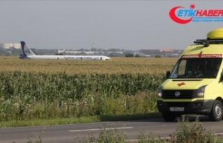 Rusya'da kuş sürüsüne çarpan yolcu uçağı...