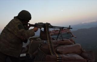 Hakkari'de 3 PKK'lı terörist etkisiz hale...