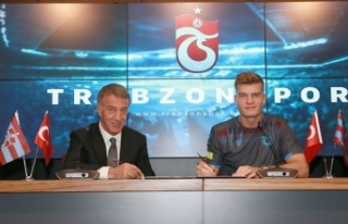 Trabzonspor'da Alexander Sörloth sözleşme...