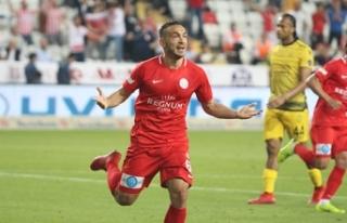 Yeni Malatyaspor Mevlüt Erdinç ile anlaşmaya yakın