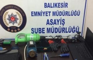 Balıkesir'de azılı hırsız yakalandı