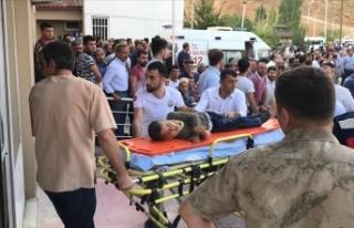 Bitlis'te minibüs şarampole devrildi: 10 ölü,...