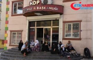 Diyarbakır annelerinin eylemine katılan aile sayısı...