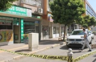 Diyarbakır'da iş yerine silahlı saldırı:...