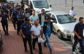 FETÖ'den gözaltına alınan 7 TÜBİTAK çalışanı...