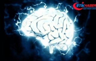 'İnsan beyninin hacklenmesi şu an için mümkün...