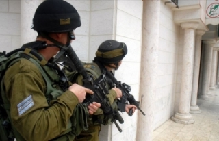İsrail güçleri Batı Şeria'da 8 Filistinliyi...