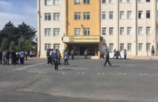 İstanbul Valiliğinden hasar gören okullara ilişkin...