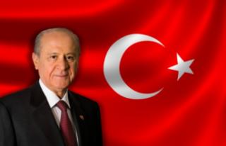 MHP Lideri Bahçeli'den Filenin Sultanlarına kutlama...