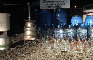 Sahte ve kaçak içki operasyonlarıyla 139 kişiye...