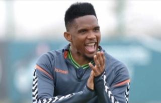 Samuel Eto'o aktif futbol hayatını sonlandırdı