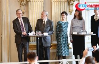 2018 ve 2019 Nobel Edebiyat Ödülü sahiplerini buldu