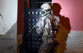 Adana'ta terör propagandası operasyonu: 13...