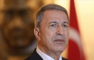Bakan Akar'dan Cumhuriyet Bayramı mesajı