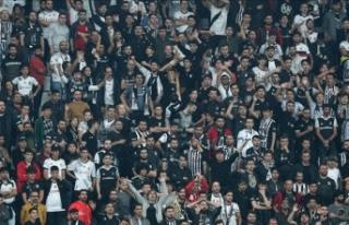 Beşiktaş-Galatasaray maçının biletleri satışa...