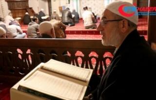 Camilerde Barış Pınarı Harekatı için Fetih Suresi...