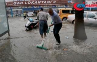 Fethiye'de çok sayıda su baskını yaşandı