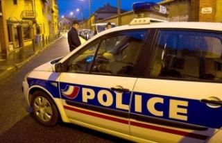 Fransa'da cami önünde silahlı saldırı: 2...