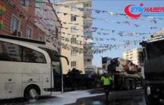 HDP'liler Diyarbakır annelerinin oturma eylemini...
