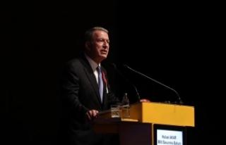 Milli Savunma Bakanı Akar: Gerektiğinde kendi göbeğimizi...