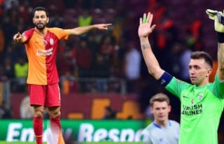 Muslera ile Selçuk İnan, Beşiktaş derbisi kaçırmadı