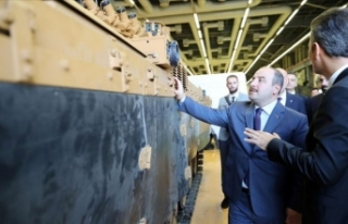 Sanayi ve Teknoloji Bakanı Varank'tan 'savunma...