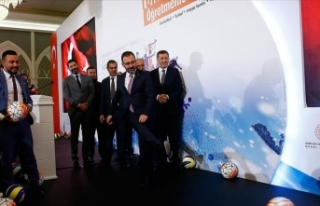 Selçuk ve Kasapoğlu, Öğretmenler Kupası'nı...