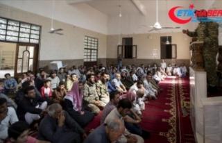 Tel Abyad'da terör tehdidinden uzak ilk cuma...
