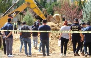 Uşak'ta polis 13 yıl önce işlenen cinayeti...