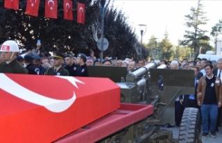 Yıldırım düşmesi sonucu şehit olan askerin cenazesi...