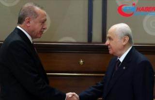 Cumhurbaşkanı Erdoğan ile MHP Lideri Bahçeli Meclis'te...