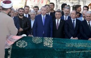 Cumhurbaşkanı Erdoğan İstanbul'da cenaze...