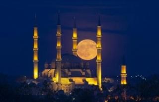 Edirne'de dolunay fotoğrafseverlere doyumsuz...