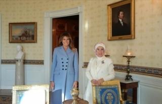 Emine Erdoğan'dan ev sahipliği için Melania...