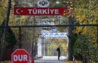 İçişleri Bakanlığı: Ara bölgede kalan yabancı...